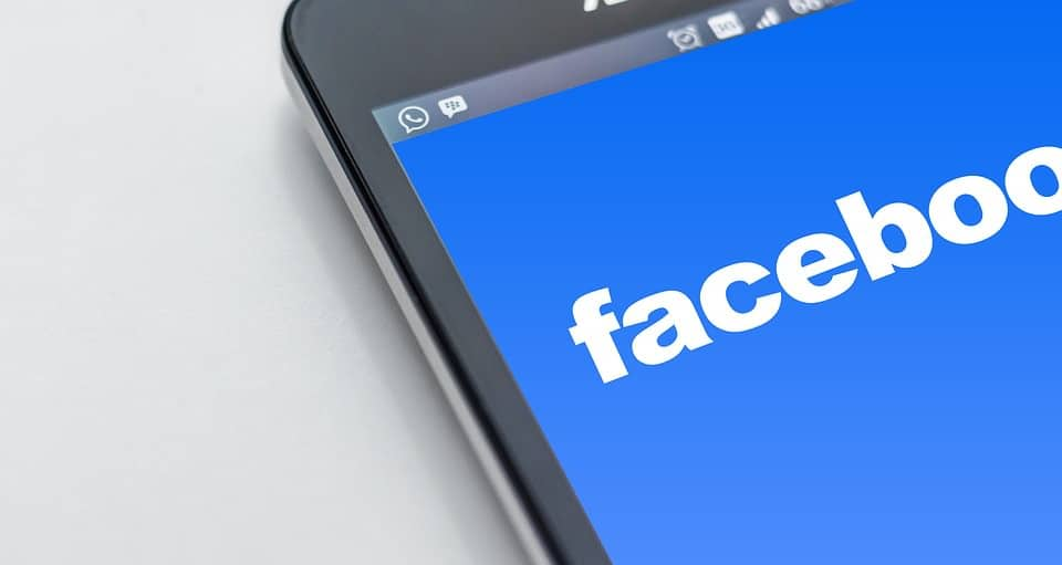 Facebook To No Longer Charge Advertisers for Accidental Clicks